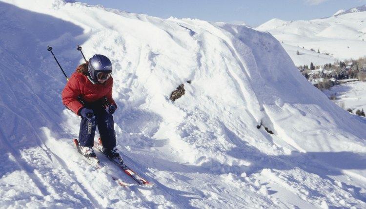 Differences Between Ski & Skate Helmets