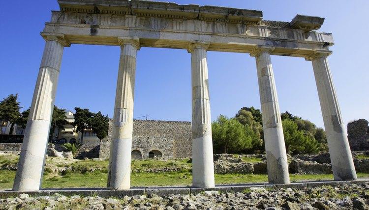 Customs that weren't Greek were considered barbaric.