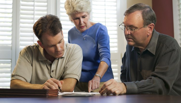 Steps in Closing an Estate of a Decendent With Beneficiaries