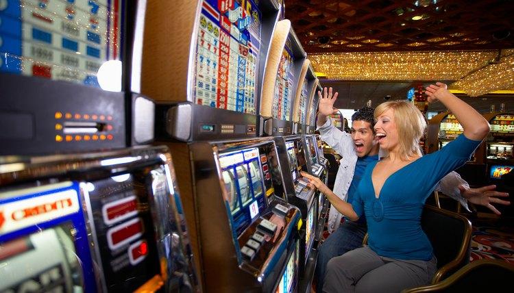 Работа охранником в казино сдал игровые автоматы в аренду их арестовали