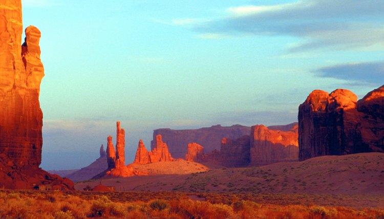 Navajoland extends into New Mexico, Arizona and Utah.