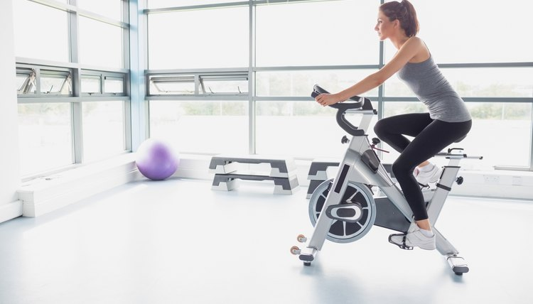 How to Convert RPMs Into MPH on a Stationary Bike