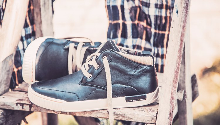 The Best Ways to Clean Suede & Leather Tennis Shoes