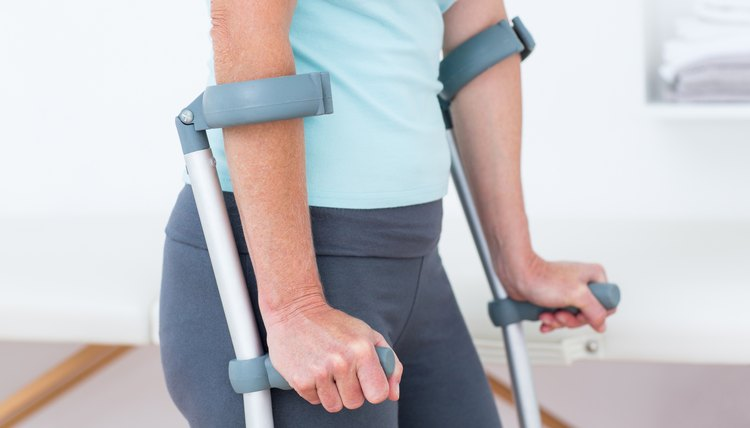 The Best Way to Exercise With a Broken Leg