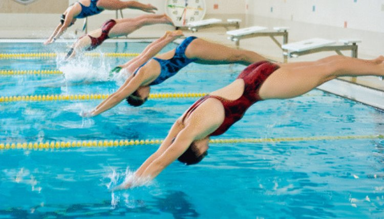 What Are the Rules for Competitive Swimming?