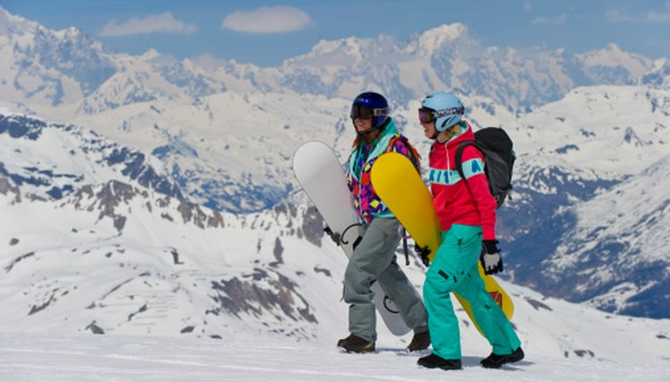 Difference Between Ski & Snowboard Pants