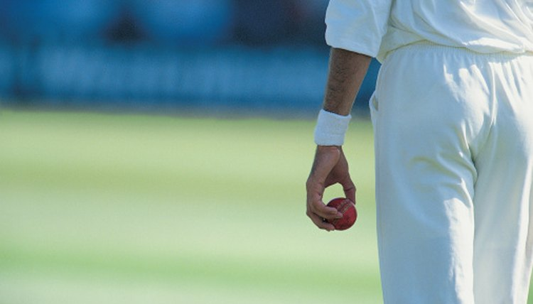 Cricket Tips for Batting Against Fast Bowlers