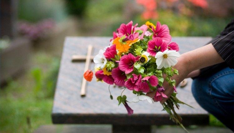 Write a Death Notice or Obituary
