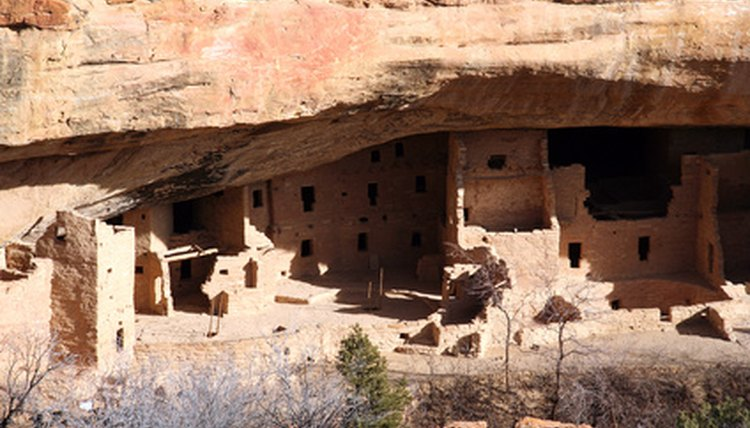 The Anasazi are known for their cliff dwellings.
