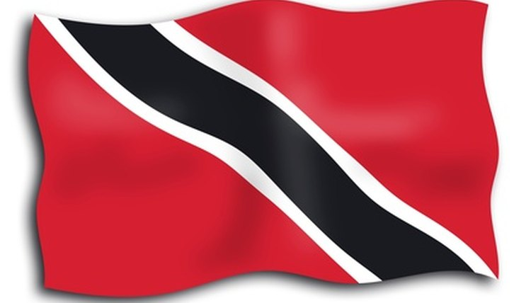 To become a police officer in Trinidad & Tobago, a candidate must be a citizen with a clean record.