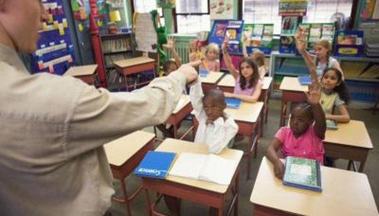 teacher asking first graders questions