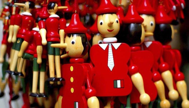 Puppets for sale in a Pescia-Collodi market