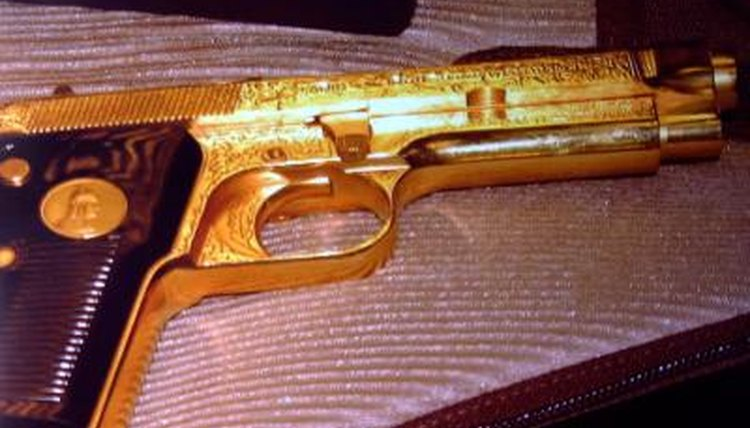 Gold plated gun from Iraq found by airport screeners in Washington D.C.