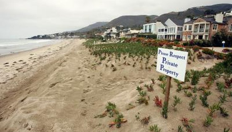 Private Property sign for beachside homes in Malibu, CA.