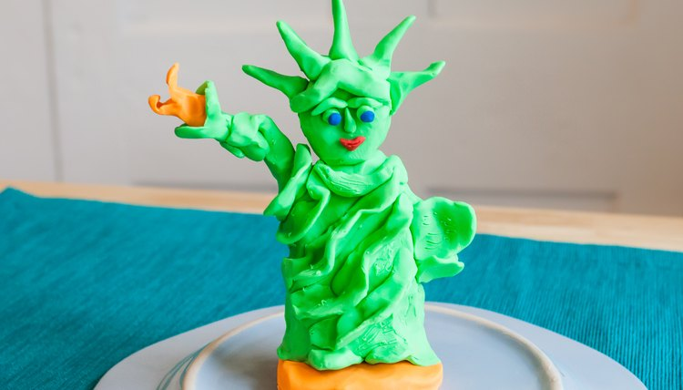 How To Make A D Statue Of Liberty For Kids