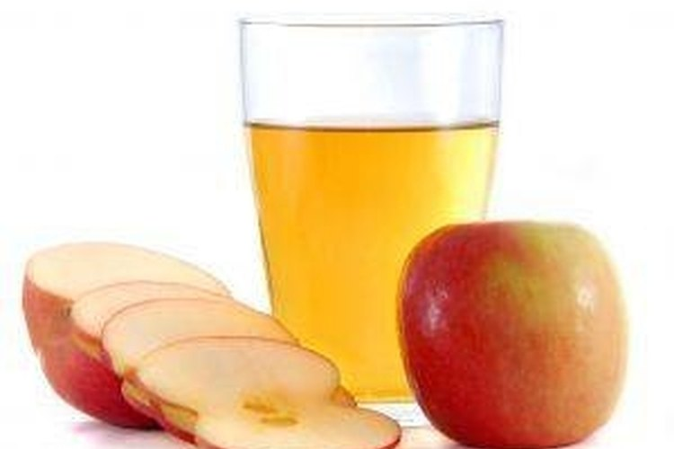 Apple Juice Remedy for Gallstones | LEAFtv