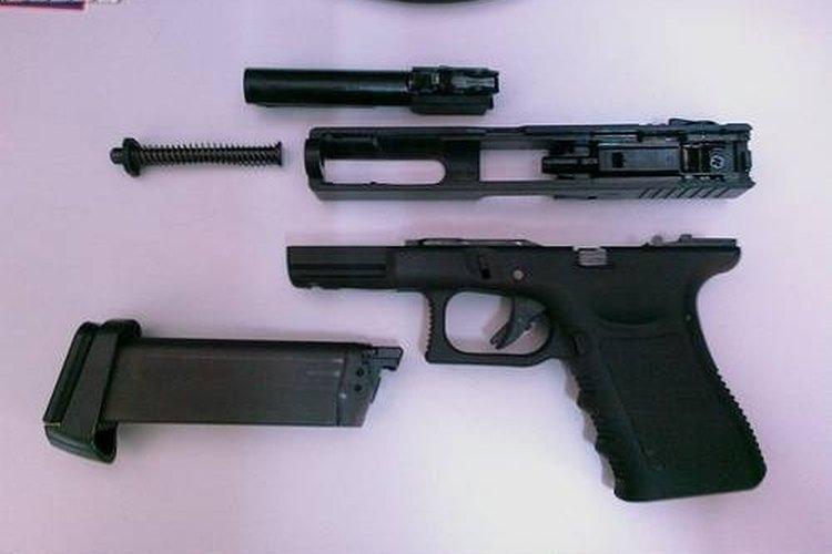 Dismantle a Gun
