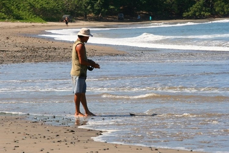 Shore fishing is a great way to enjoy the beaches and fish diversity that Hawaii has to offer.