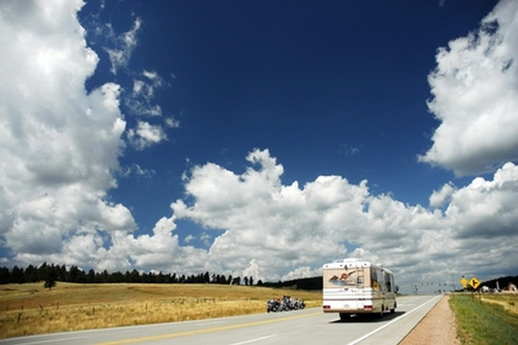 Active and retired military personnel can travel the USA by RV, staying at bases along the way.