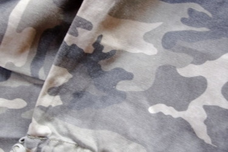 Traditional camouflage colors are used to help mask identity.