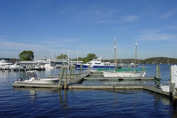 Place a box step at the end of a floating dock to minimize wear and tear.