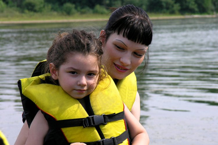 Towable harnesses keep the float in the center of the boat for younger riders.