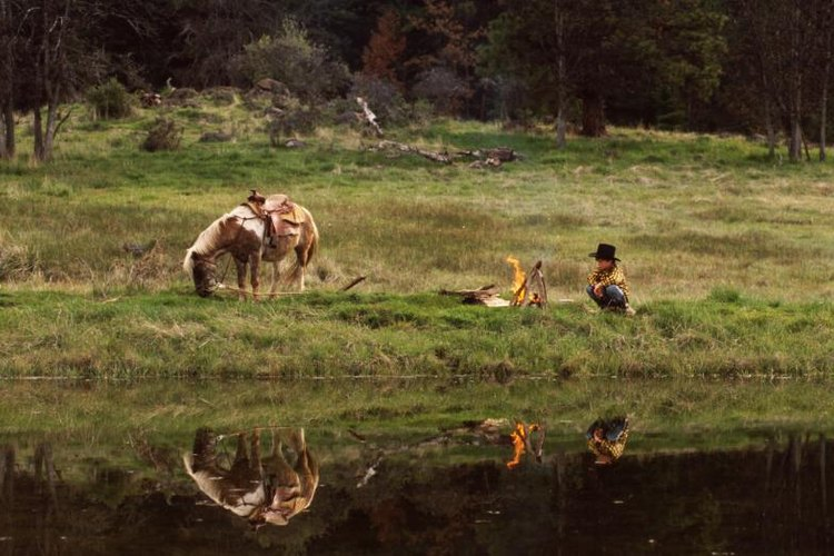 Cowboys famously camped with bedrolls rather than tents.