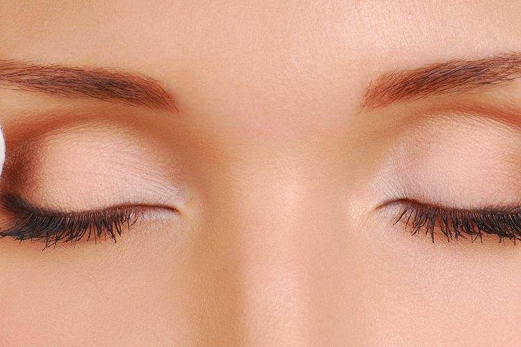 How To Remove Fake Individual Eyelashes Leaftv
