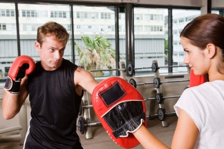 Como bajar de peso con un saco de boxeo