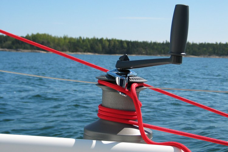 A manually-powered rope winch. Note how the only moving parts are in the handle and at the base.