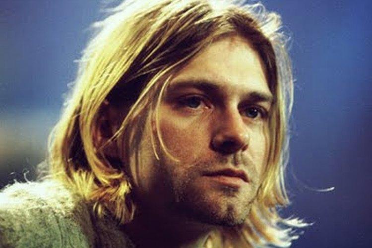 El estilo de cabello de Kurt Cobain es fácil de imitar.