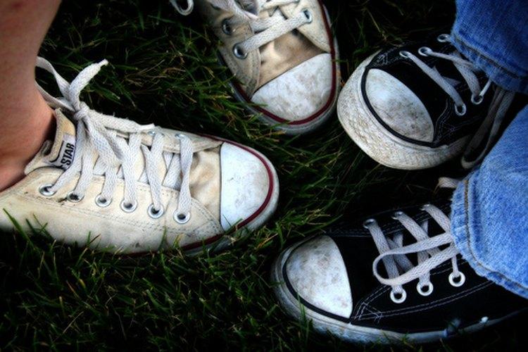 Haz divertidas tus zapatillas.