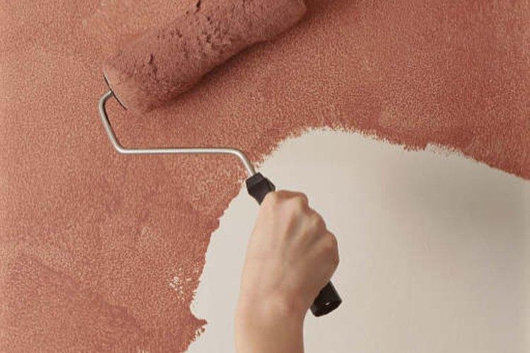 Cambia el aspecto de tu pared con textura, dándole un nuevo color.