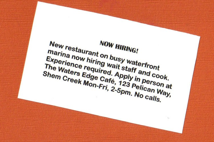 Aviso de periódico para personal de restaurante.