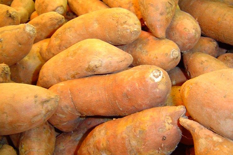 Las baatas son fáciles de cocinar en el microondas.