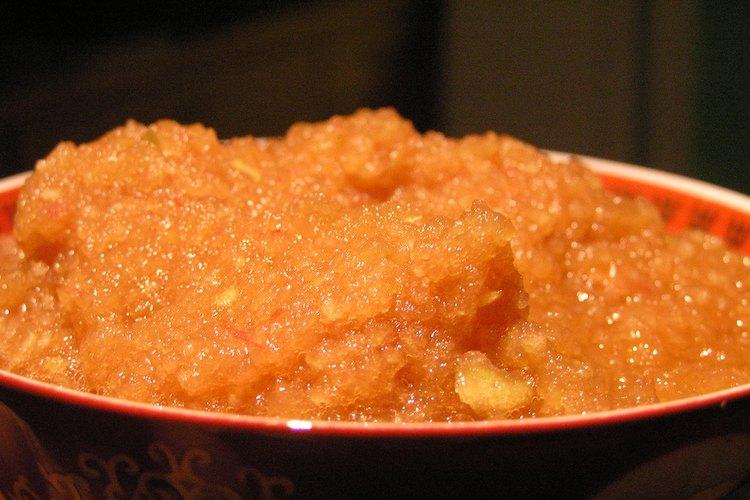 Para especias y condimentos, utiliza la sal, la pimienta, todas las hierbas de hojas.