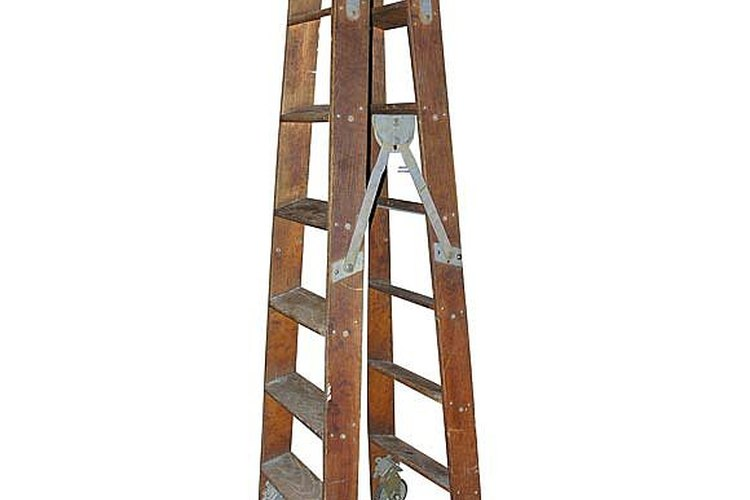 Cómo construir una escalera plegable |