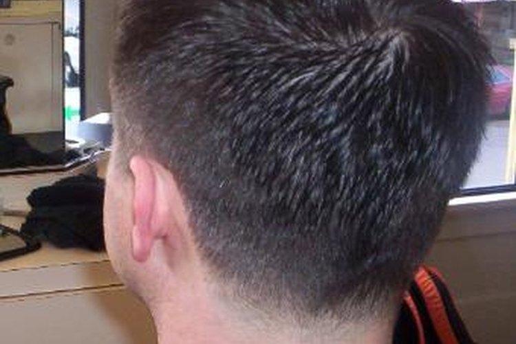 Un corte desvanecido suele ser un corte de pelo corto.