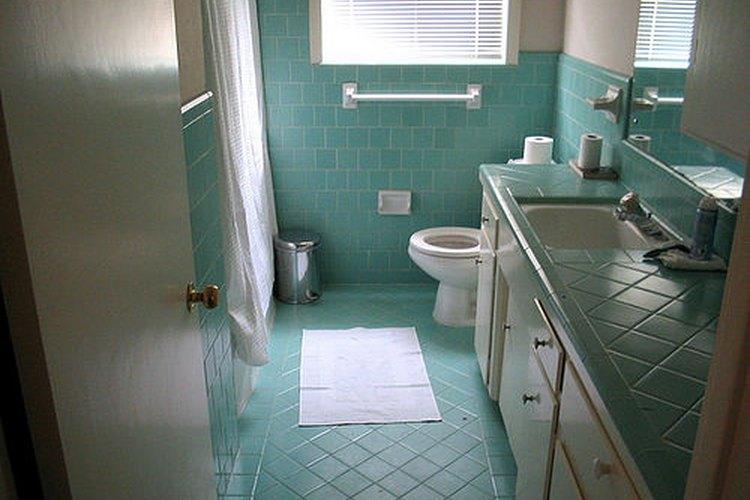 Las manchas amarillas del baño pueden ser un espectáculo vergonzoso.