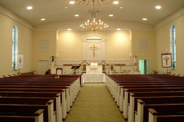 Área de asientos de la congregación.