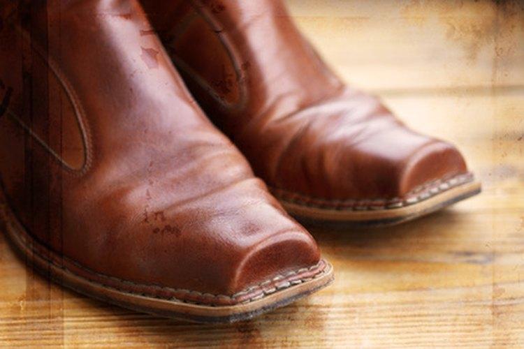 Las botas del Oeste vienen en muchos estilos.