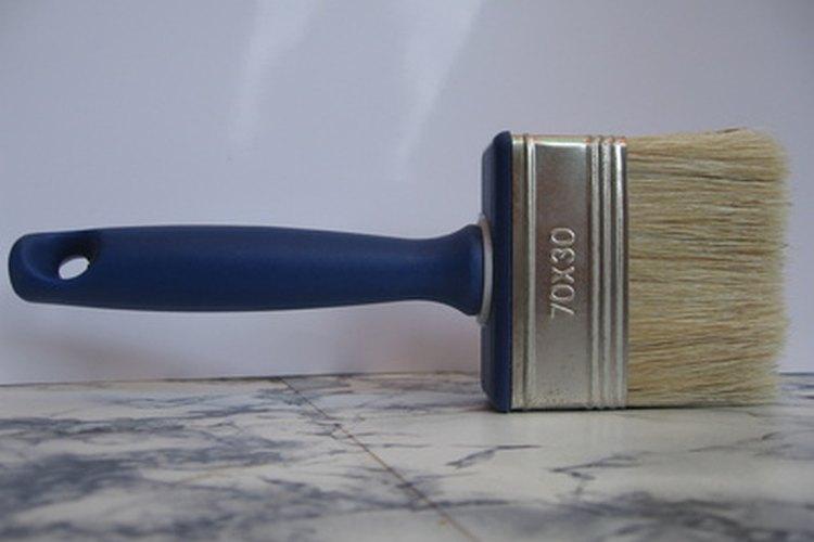 Las pinturas Imron se pueden aplicar con brocha, rodillos y aparatos de aerosol.
