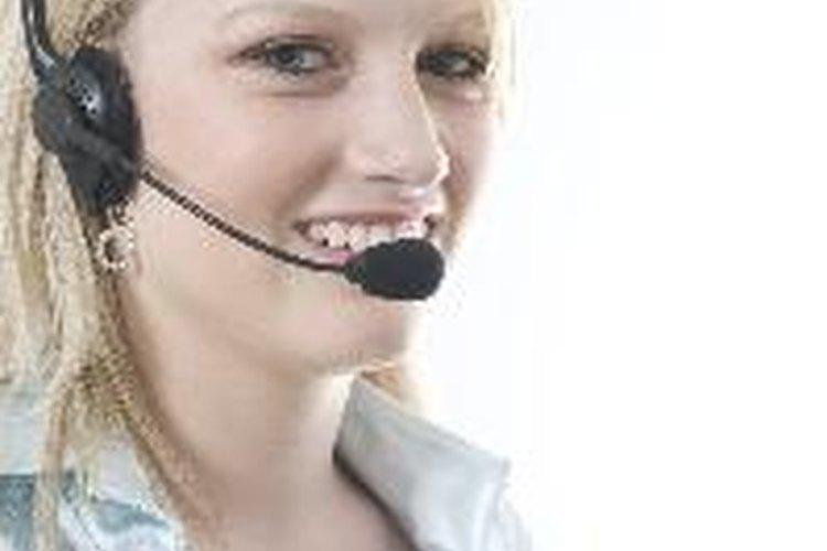 Se espera que una recepcionista tenga las mismas habilidades de un auxiliar administrativo.