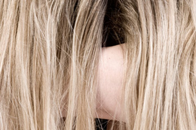Muchos hombres prefieren elegantes cortes de pelo largo.