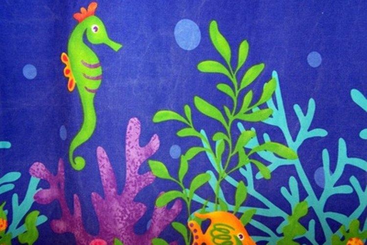 Escoge tela que combine con la decoración de un cuarto.