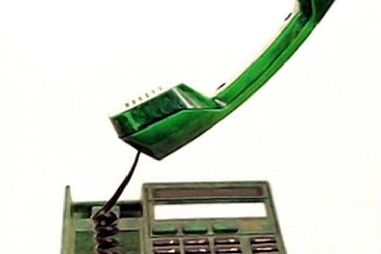 Puedes ser que tengas que contestar llamadas telefónicas durante tu turno.