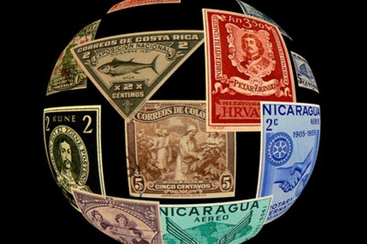 La economía global se ve afectada por los valores de las monedas, las situaciones políticas, las restricciones comerciales y los costos laborales.