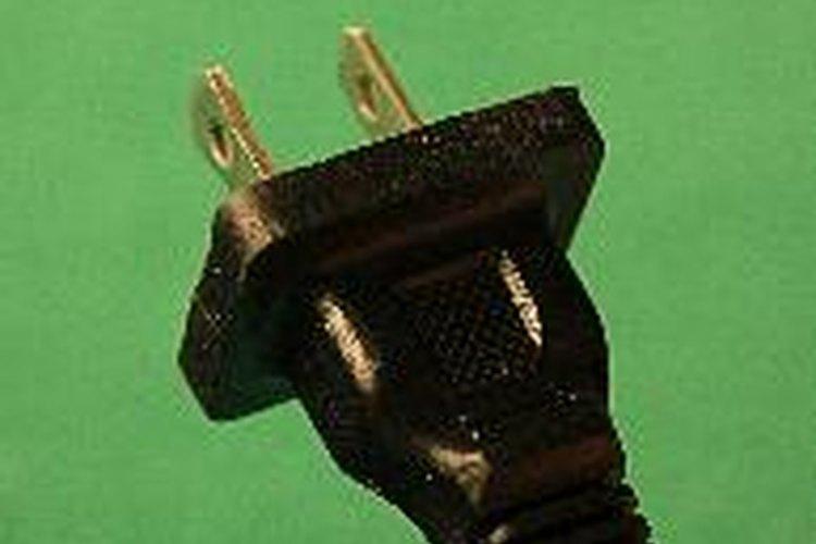 Falta de firmeza en el enchufado del cable.