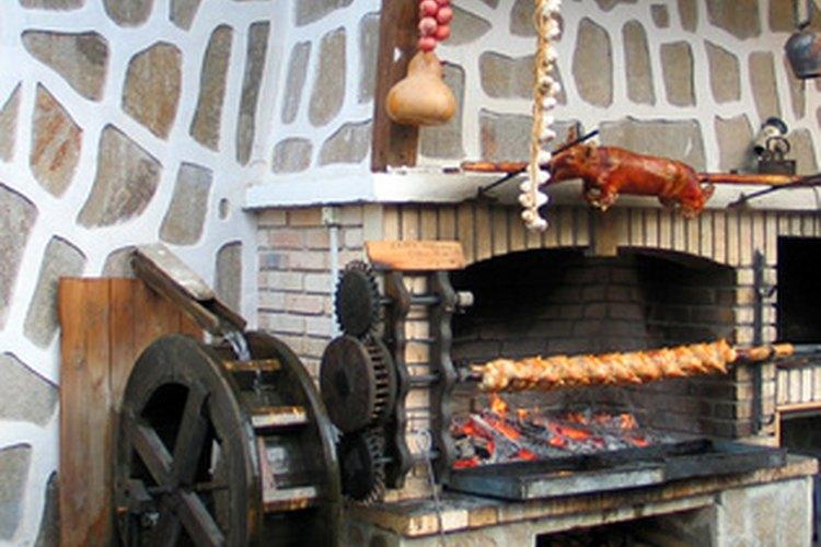 El hormigón refractario se utiliza a menudo para hornos de pizza de ladrillo.