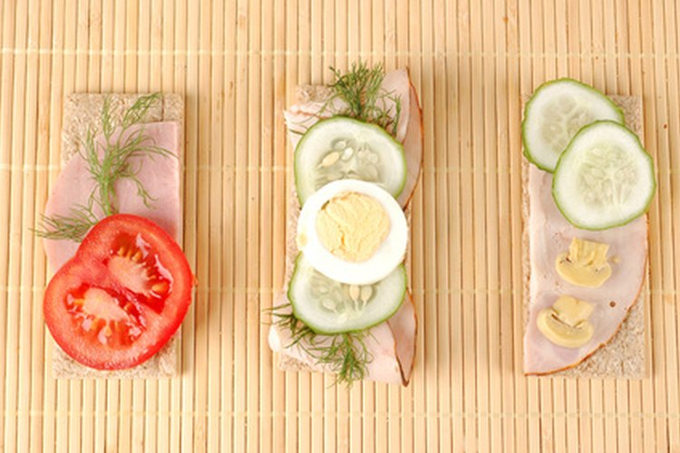 Consume las porciones adecuadas durante tu dieta para mantenerte sano.
